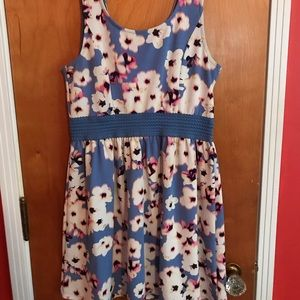 Blue floral dress with elastic waistband